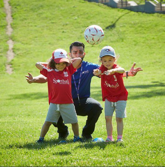 Cours de soccer pour les 2-3 ans et 4-6 ans offert à 25 emplacements sur la rive-nord